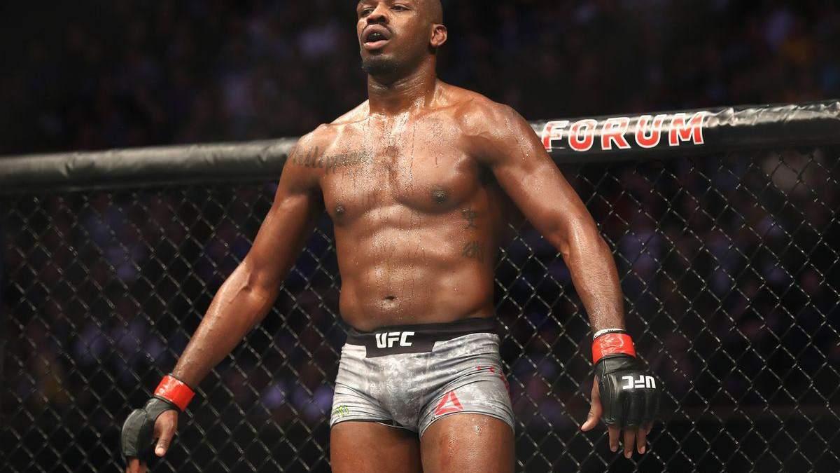 Полиция задержала чемпиона UFC за стрельбу и вождение в нетрезвом состоянии
