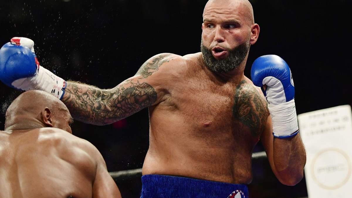 Еще один профессиональный боксер заболел коронавирусом