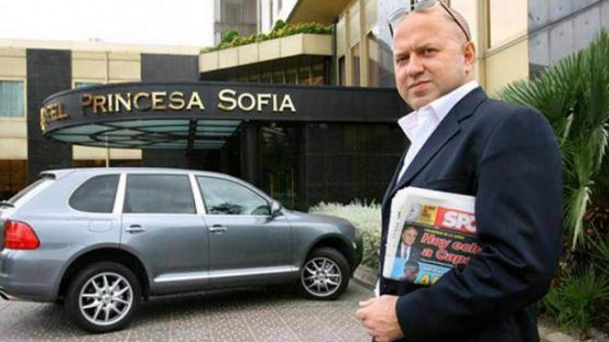 Такі як ти у мене наввипередки бігають за пивом: агент Селюк про російського футболіста