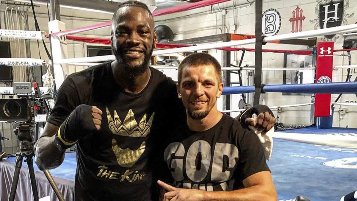 Відомий боксер звинуватив тренера Усика в наявності російського паспорту