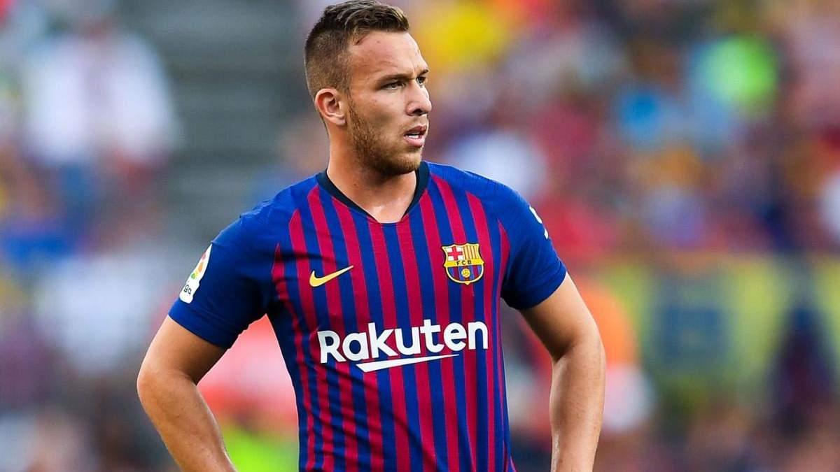 Артур перейшов у Ювентус, Барселона купила П'янича: деталі трансферів