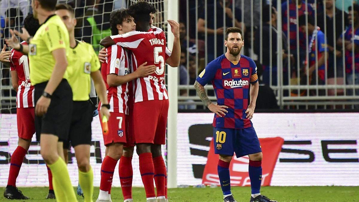 """Пахнет заговором: арбитр придумал пенальти в ворота """"Барселоны"""" несмотря на систему VAR – видео"""