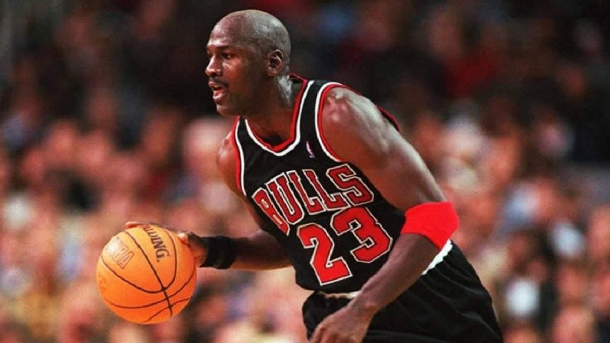 Спадок для 180 баскетболістів: тренер Сміт залишив мізерні кошти легендарному Джордану