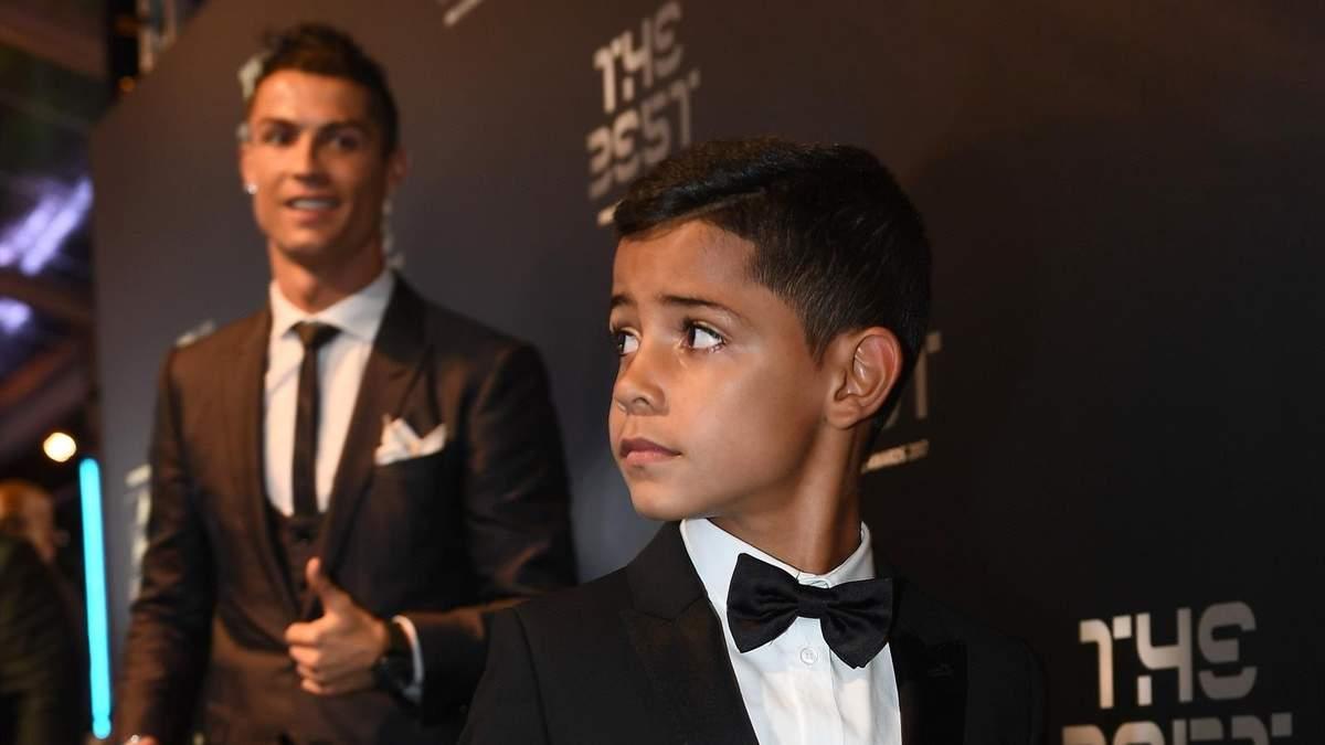 Роналду грозит наказание от полиции из-за бездумной выходки сына: видео