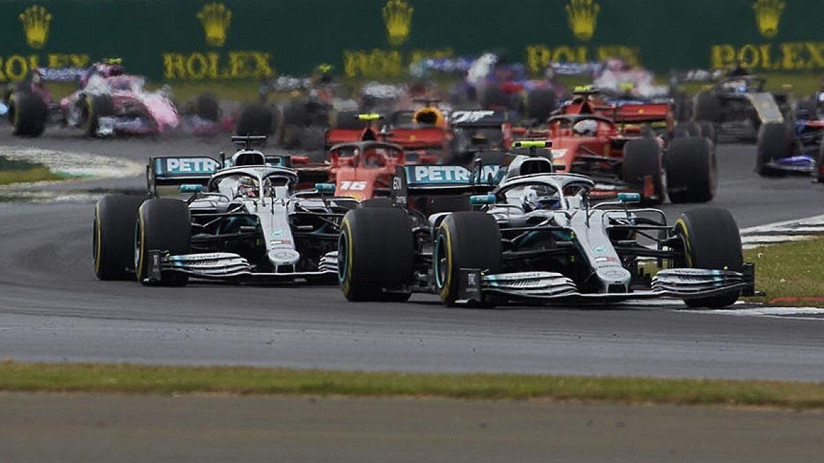 Формула-1: Хэмилтон в борьбе с Боттасом взял поул гран-при Италии