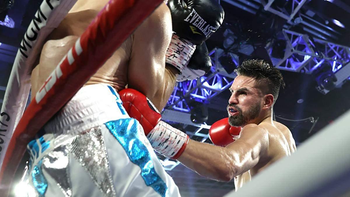 Хосе Рамирес в бою с Виктором Постолом