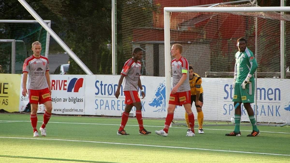 """Зірки футболу """"кусають лікті"""": у Норвегії гравець гарматним ударом забив гол з 40 метрів – відео"""