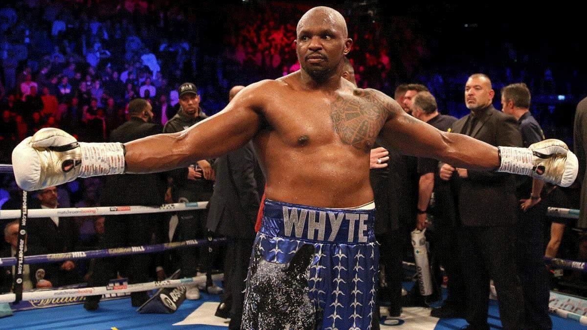 Его тренеры не разбираются в боксе: Уайт вдребезги раскритиковал команду Чисоры в бою с Усиком
