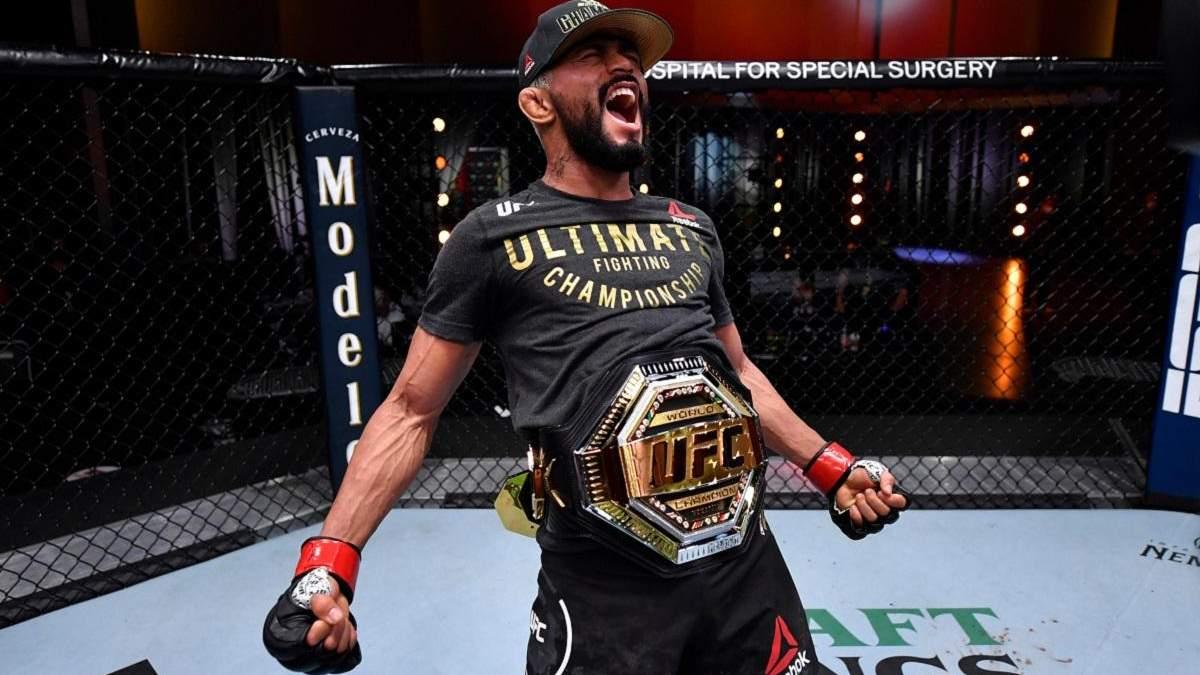 Фігейреду смертельним прийомом переміг Переса у першому раунді UFC 255: відео
