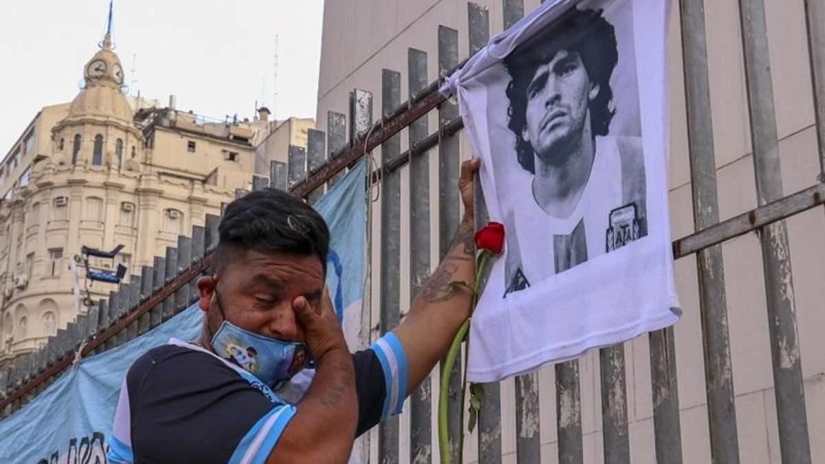 Умер Диего Марадона: редкие фотографии легенды футбола