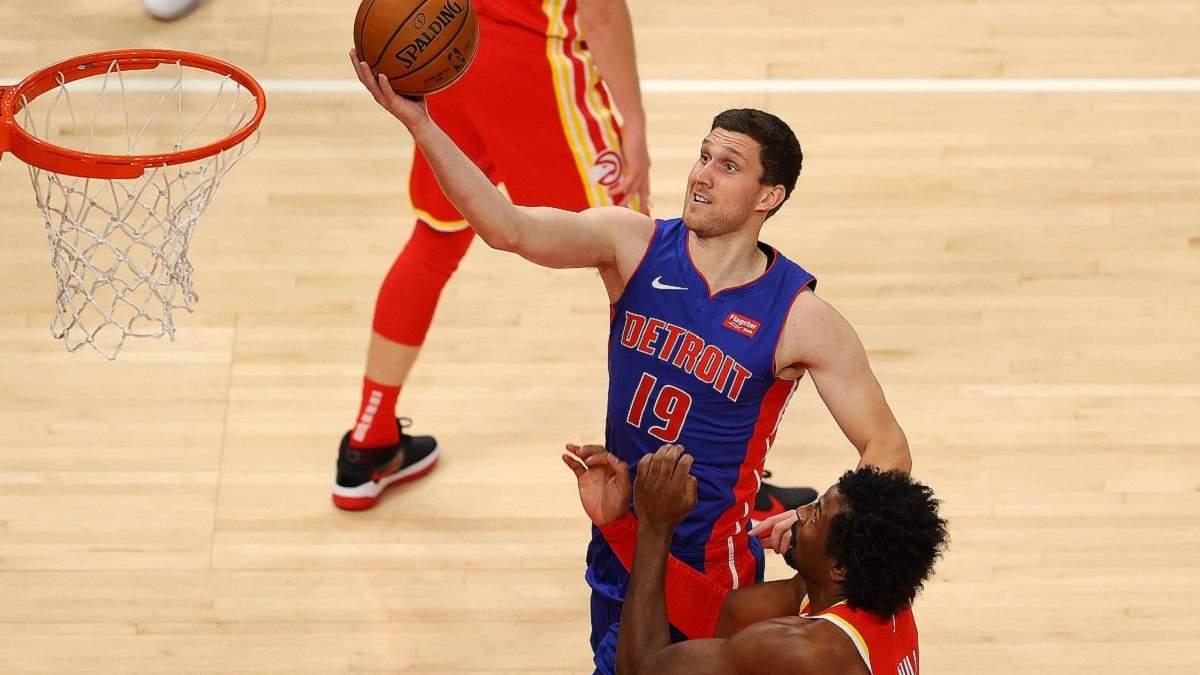 Детройт Михайлюка потерпел третье фиаско подряд на старте НБА: видео