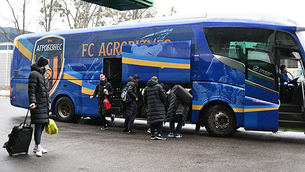 20 тисяч кілометрів у 2020 році: незвична карта мандрівок футбольного клубу Україною в автобусі