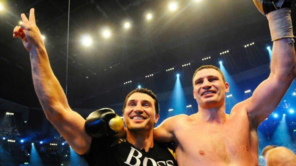 Британські боксери визначили, хто виграв би бій між братами Кличками