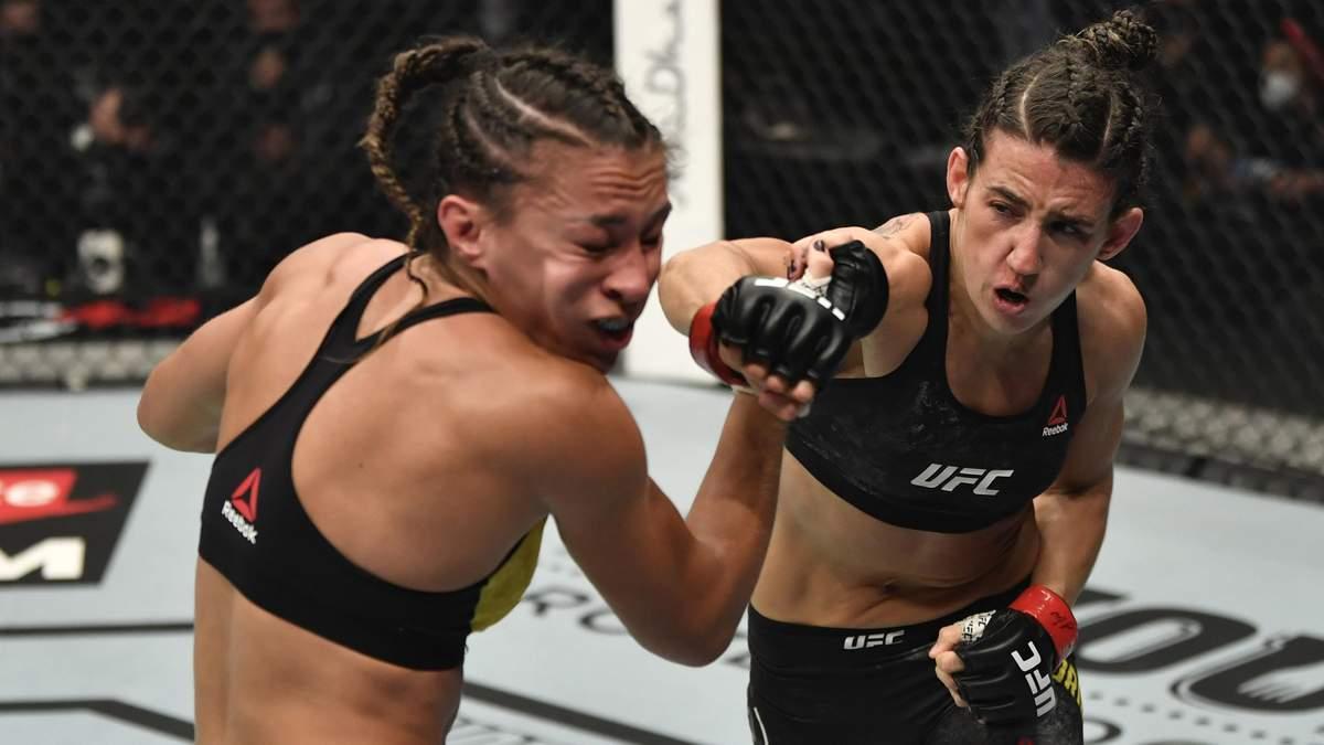 Девушка-боец отправила соперницу в нокаут на UFC 257, но была вынуждена продолжить бой: видео