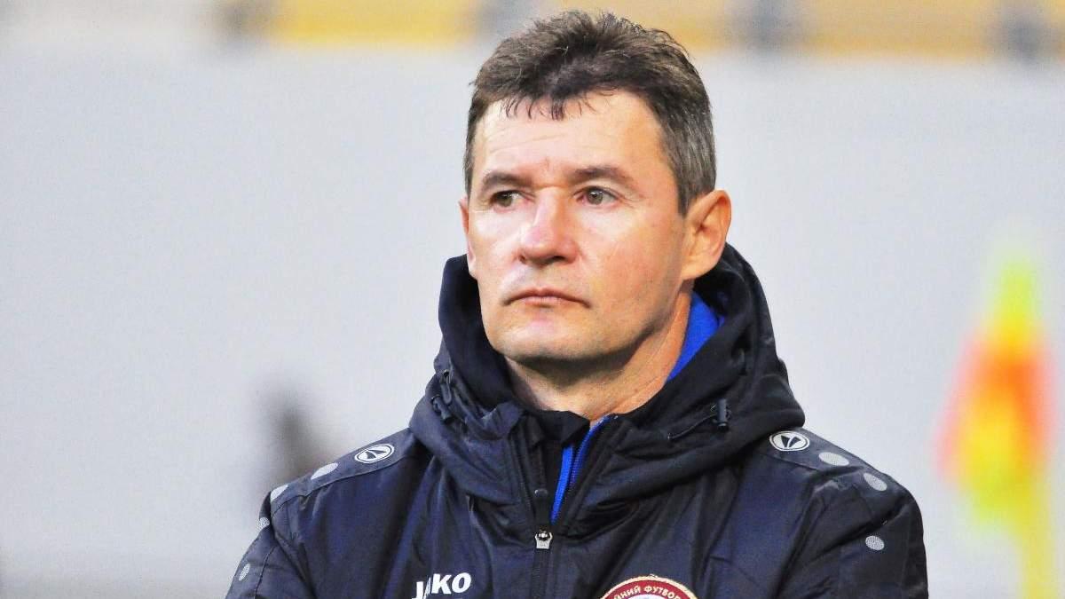 Як в УПЛ суддя покарав тренера за прохання розмовляти українською: відео скандального епізоду