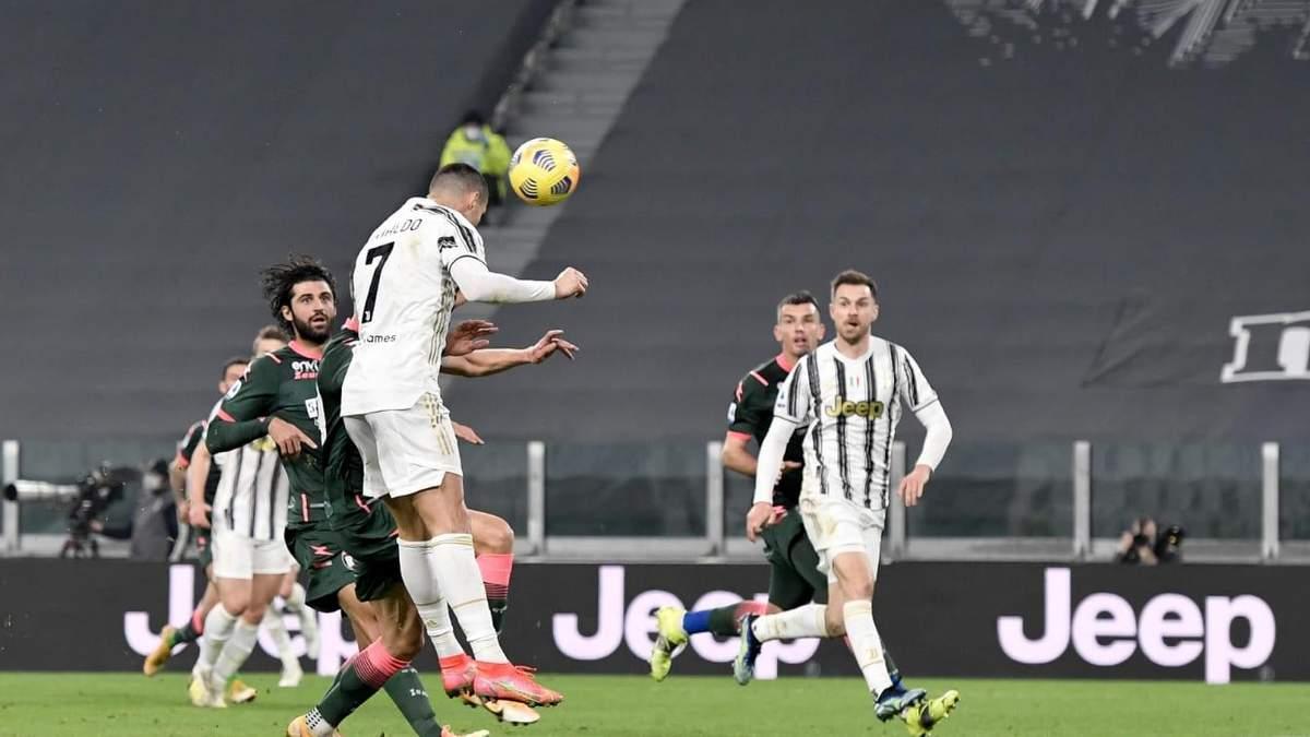 Дубль Роналду вывел Ювентус на третье место чемпионата Италии: видео