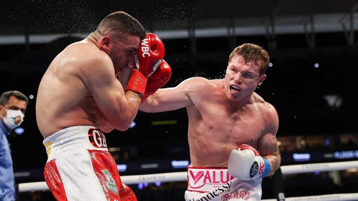 Альварес переміг Йилдирима: гонорари боксерів за бій у США