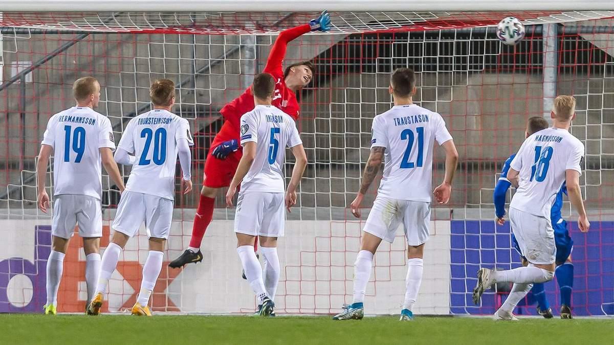 С углового в девятку: игрок Лихтенштейна забил сумасшедший гол Исландии – видео