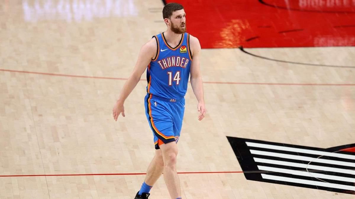 Оклахома с Михайлюком потерпела 10 поражение подряд в НБА