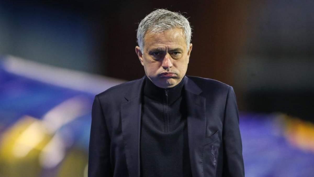 Жозе Моуринью уволен с поста тренера Тоттенхэма – причина