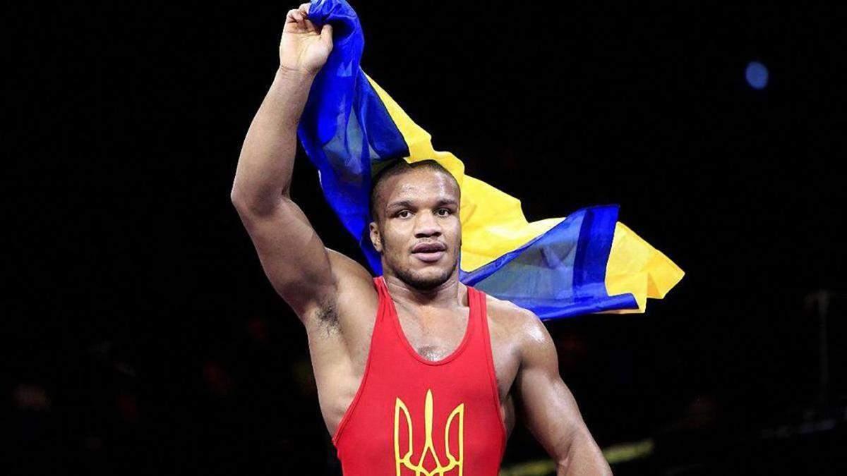 Жан Беленюк програв у чвертьфіналі чемпіонату Європи з греко-римської боротьби
