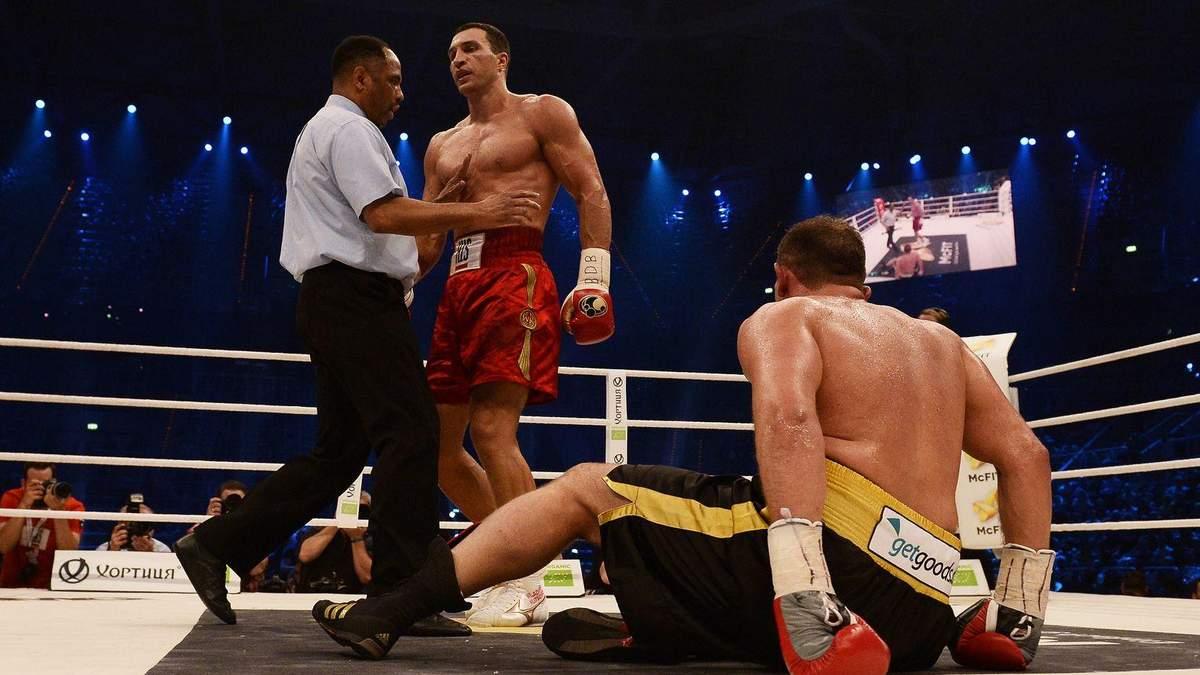 8 лет назад Кличко жестко нокаутировал Франческо Пьянету и выиграл юбилейный 60 бой: видео