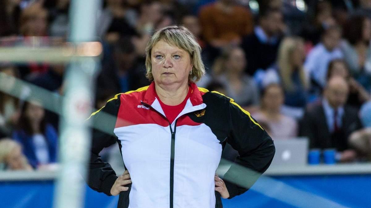 Тренера сборной Германии Фрезе уволили из-за психологическое насилия