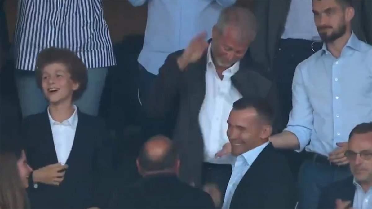 Абрамович і Шевченко відсвяткували гол Челсі у фіналі Ліги чемпіонів: відео