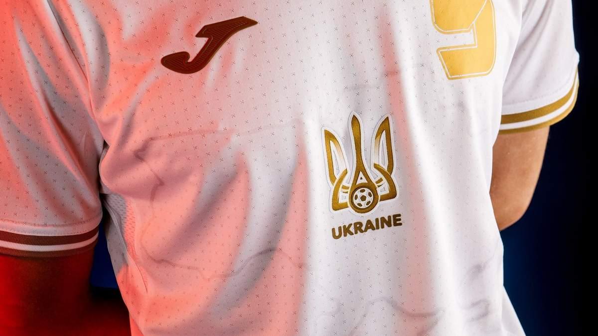 УЕФА видит деньги Газпрома, – Андриюк о решении по форме сборной