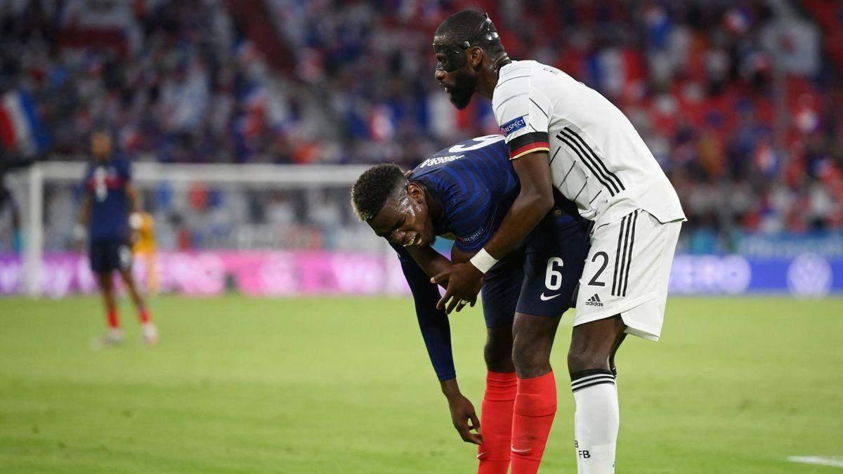 Защитник Германии Рюдигер курьезно укусил соперника в матче Евро-2020 с Францией: видео