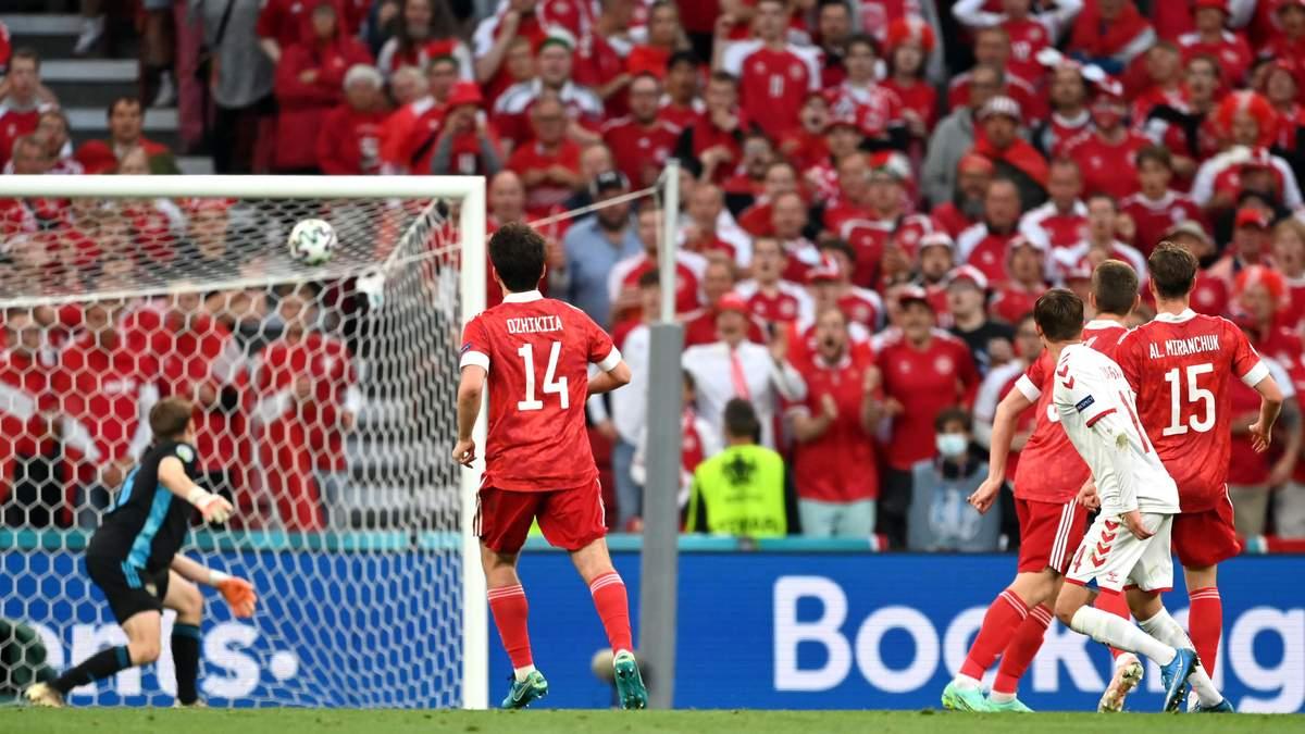 Миккель Дамсгор забил гол в матче Россия - Дания на Евро-2020
