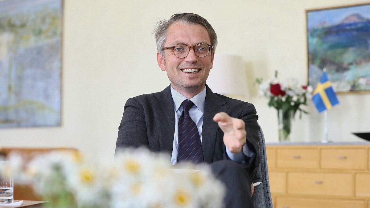 Посол Швеції кумедно привітав Україну з виходом у плей-офф Євро-2020