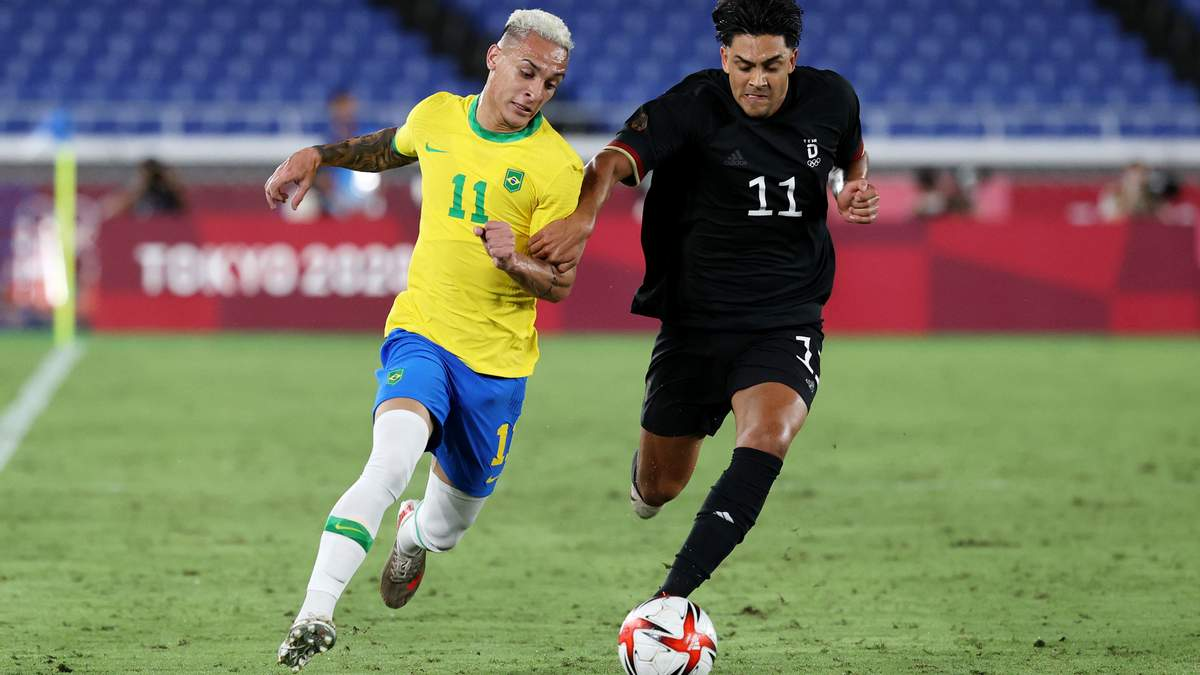 Сборная Бразилии по футболу победила Германию на Олимпиаде 2020