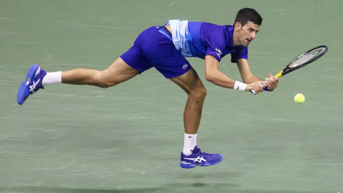 Джокович сломал ракетку и проиграл финал US Open: видео