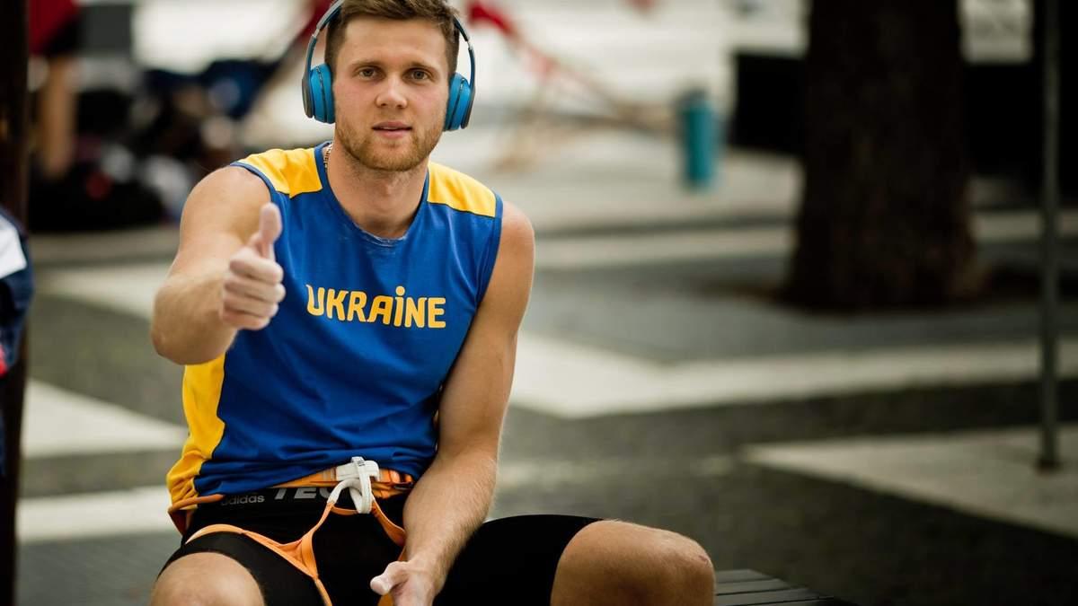Гимн Украины в Москве: Болдырев выиграл чемпионат мира по скалолазанию в РФ – видео