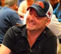 Покерный мошенник хочет отсудить 330 млн долларов, но адвокаты отказываются ему помочь