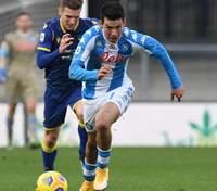 Между ног голкиперу: игроки Наполи забили самый быстрый гол в истории клуба – видео