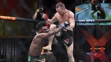 Боец из России со скандалом потерял титул чемпиона UFC за запрещенный удар: видео