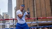 Пекельна підготовка: Лопес похизувався неймовірними трюками зі скакалкою – відео