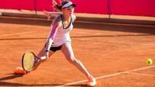 Українська тенісистка програла росіянці на старті престижного турніру WTA