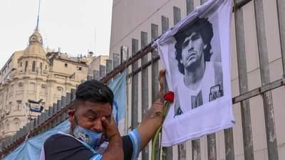 Барселона и Бока Хуниорс сыграют матч посвященный легенде Диего Марадоне