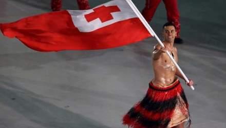 Універсальний солдат: прапороносець з Тонга після Пхьончхану хоче бути плавцем на Олімпіаді-2020