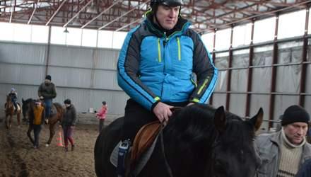 Ветеран АТО з ампутованою ногою планує взяти участь у Паралімпійських іграх з кінного спорту