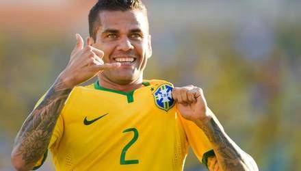 Бразилець Дані Алвес став найуспішнішим футболістом в історії