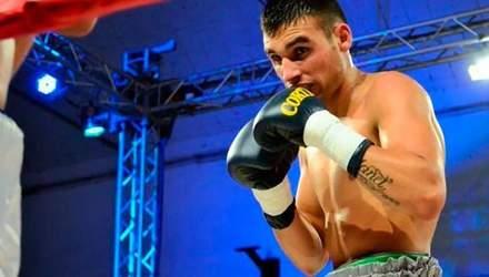 После боя умер аргентинский боксер Уго Сантильяна (18+)