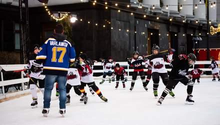 Звезда НХЛ провел тренировку с юными хоккеистами на катке в Киеве: фото и видео