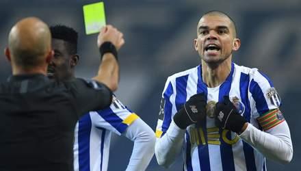 Гравці Порту побились прямо на полі: у центрі уваги знову скандальний Пепе – відео