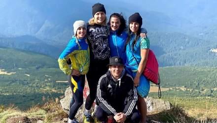 Покорители вершин: львовские борчихи получили 11 наград на чемпионате Украины