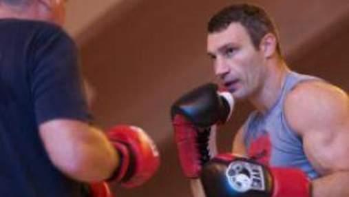 Виталий Кличко вчера провел последнюю тренировку перед боем с Адамеком