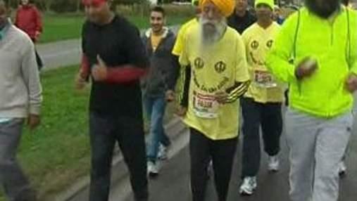 100-летний индиец Фауджа Сингх стал самым старшим в мире марафонцем